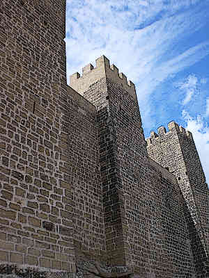 Castillo-Sadaba-Famous-Spanish-Castle-in-Spain